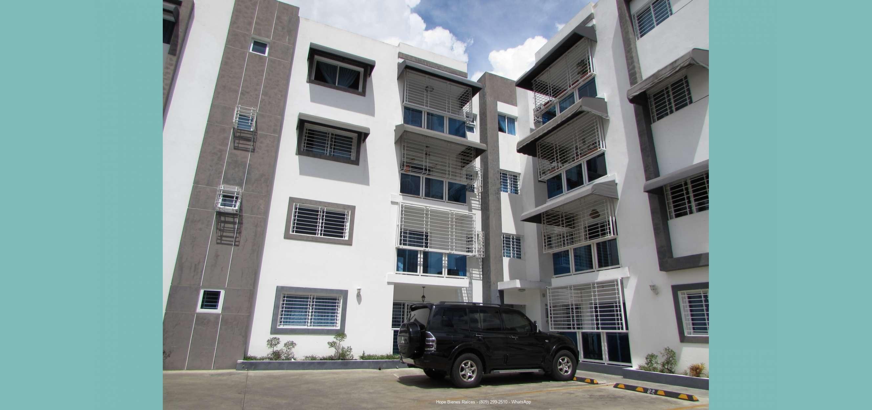 Vendo Apartamento 3er Nivel en Las Dianas