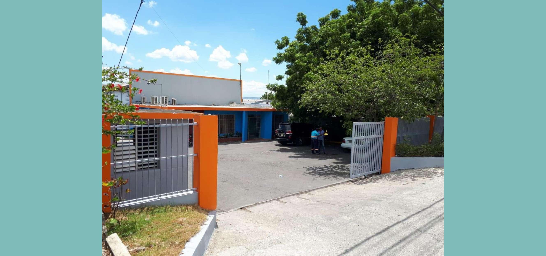 Vendo Nave Industrial con  más de 1200 m2 Construcción
